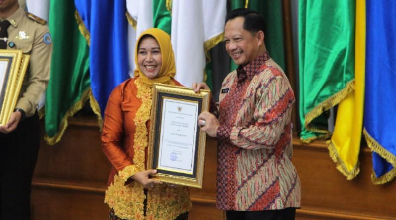 Gebrakan Ning Ita, Mojokerto Kota Panen Penghargaan